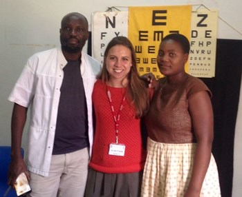 Tobi (centre) with Dave (left) and Myrnah, both ophthalmic clinical officers in Thyolo